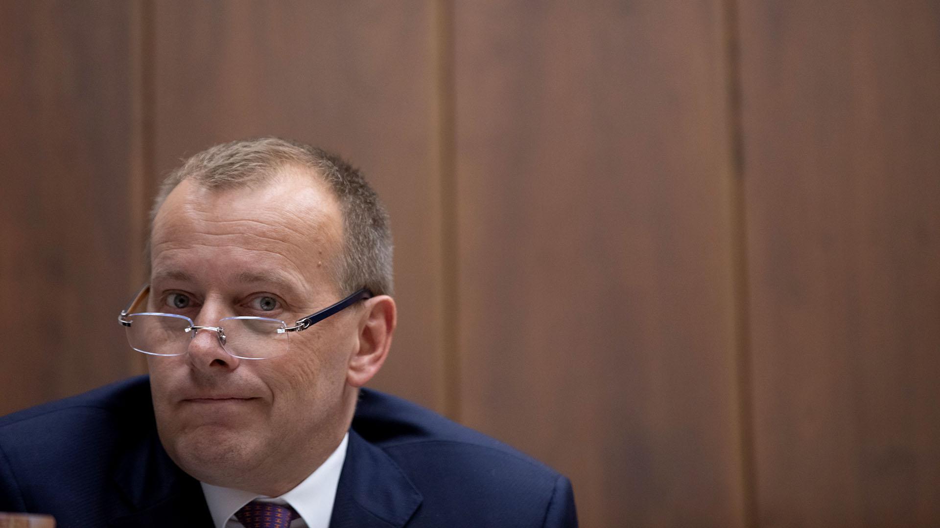 """Podpredseda Kollárovej Sme rodina po neúspechu v euroboľbách prestúpil do konkurenčnej strany. """"Rozišli sme sa korektne,"""" komentuje Kollár"""